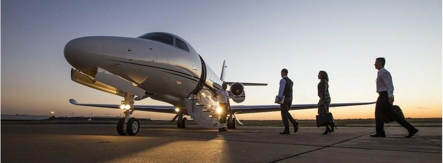 Аренда самолета и вертолета: когда без услуг бизнес-авиации не обойтись